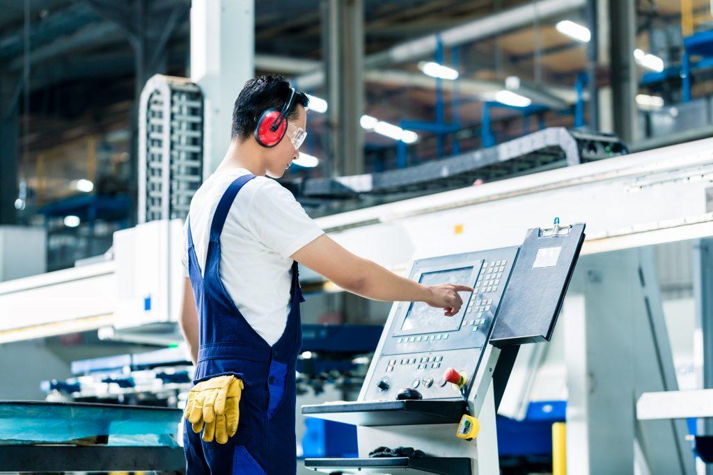 práce v německu, obsluha CNC