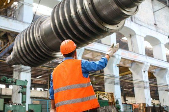specialista čištění strojů průmyslový stroj